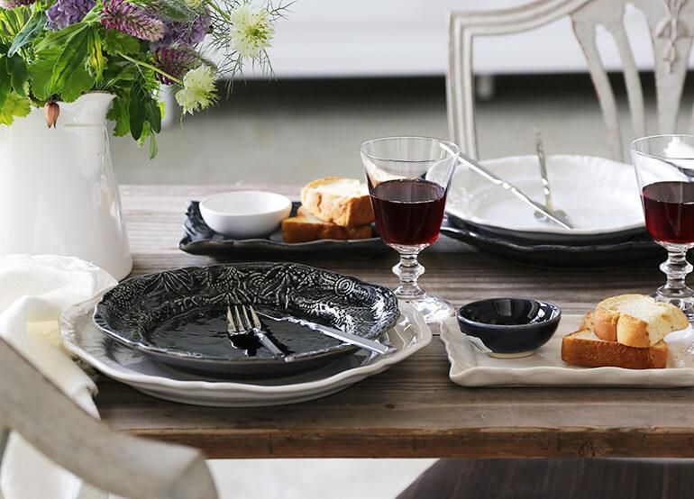 サラグレースのグレーの食器を使ったコーディネート