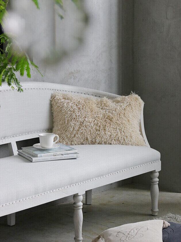 Lene BjerreクッションRubyオフホワイト60x40cm(中綿付き)